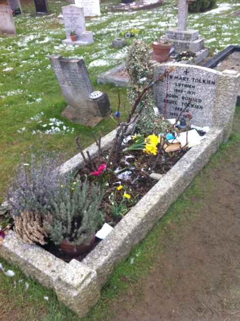 Wolvercote Cemetery, March 2013 114